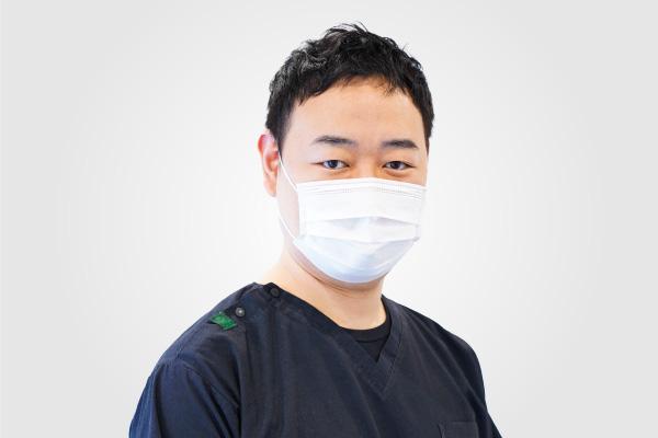 歯周病の認定医が常勤しています